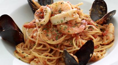 Seafood Spaghetti w spicy tomato sauce