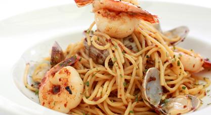 shrimp & clam Aglio Olio